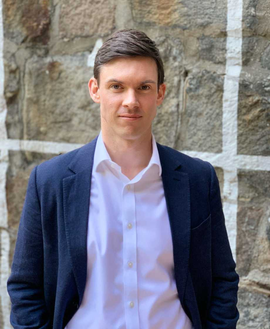 David Snelling - CEO, Founder & <br>Financial Adviser